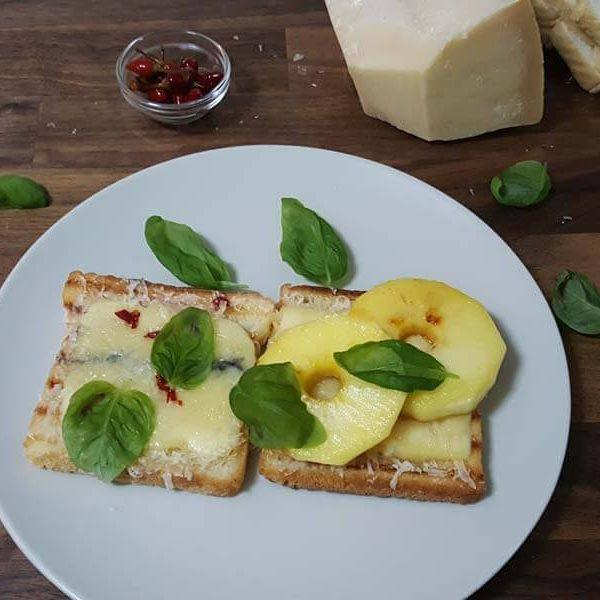 Sandwich de Morbier y Grana Padano con Manzana - www.coquinare.com - Dulces Recuerdos
